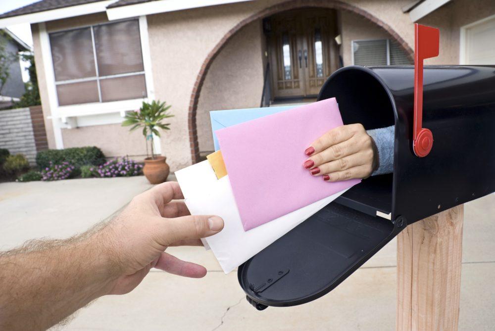 Delivering mail