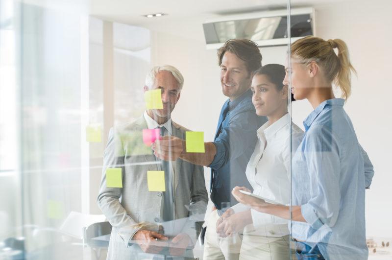 Background-Checks bei Bewerbern Teamwork