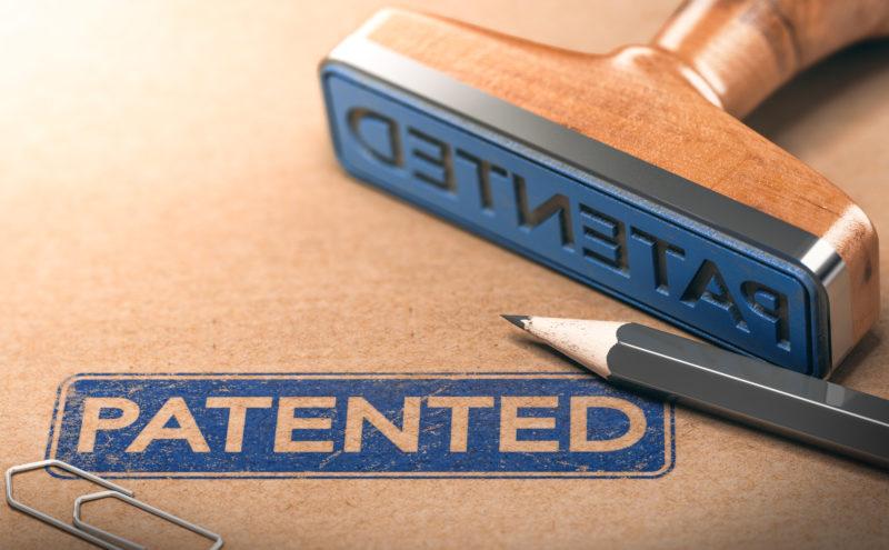 Patent Stempel mit blauer Tinte